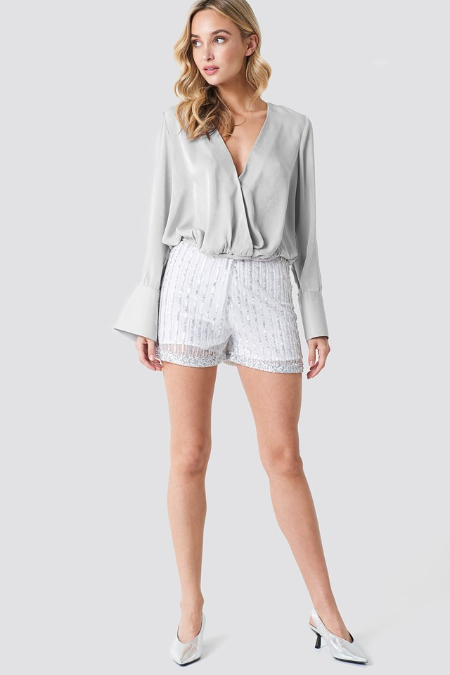 Striking Shorts Outfit