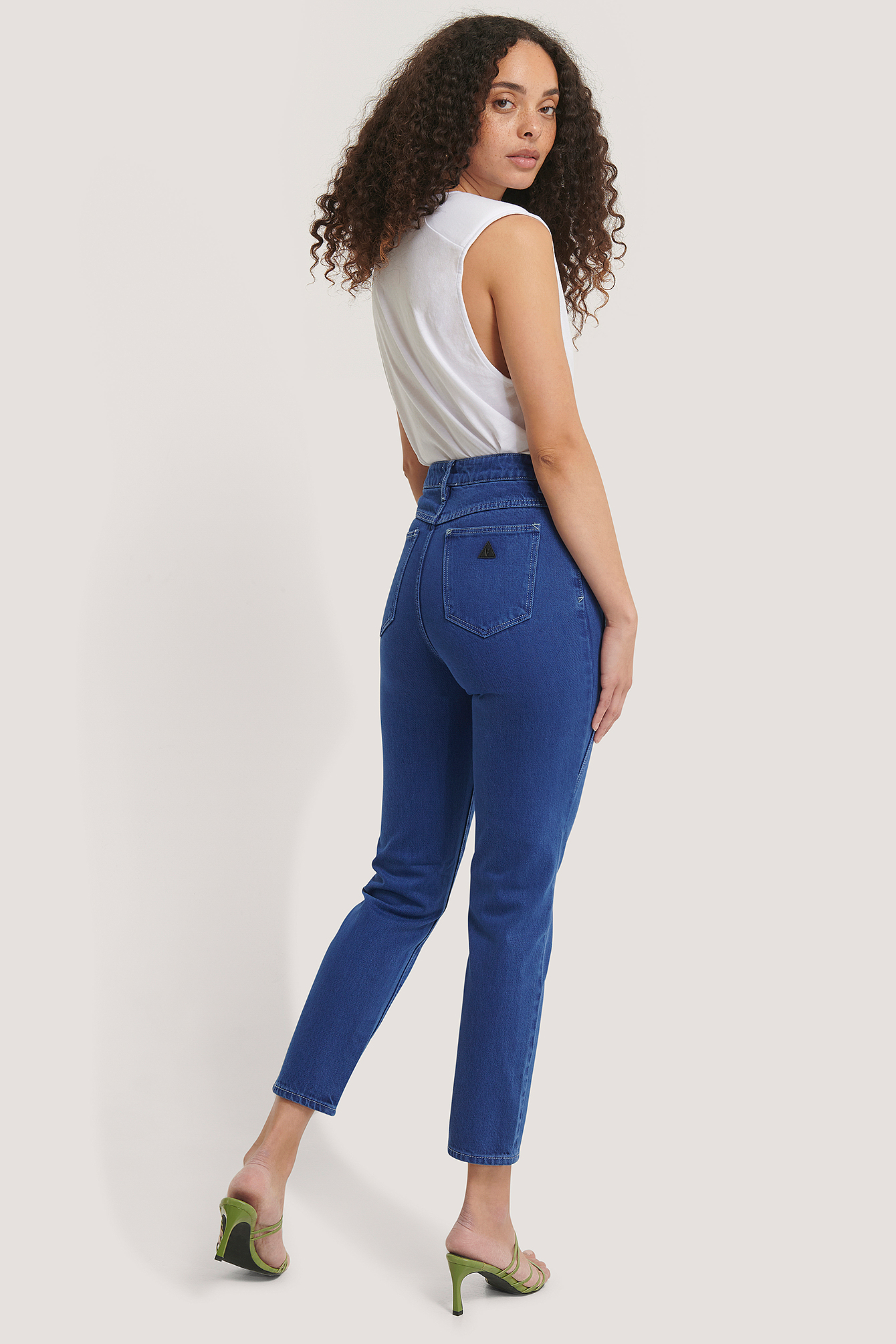 Club Edit A 94 High Slim Jeans