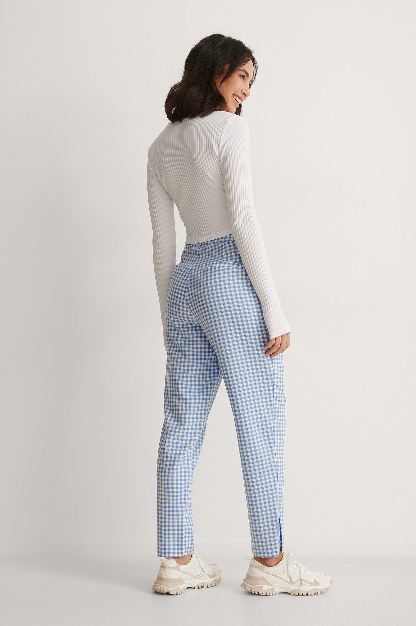 Checked Outside Slit Trousers