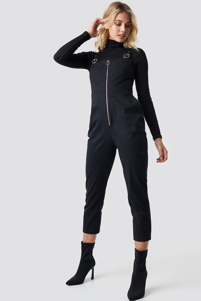 Front Zip Detailed Jumpsuit Black