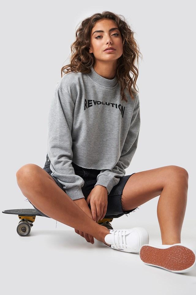 Revolution Cropped Sweater Astrid Olsen x NA-KD