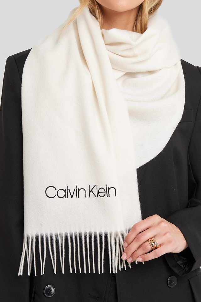 Classic Wool Scarf Bright White