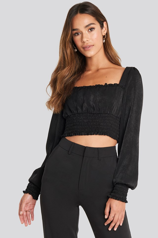 Cropped Ruffle Top Black