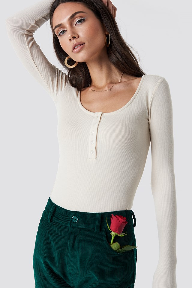 Button Rib Top Beige