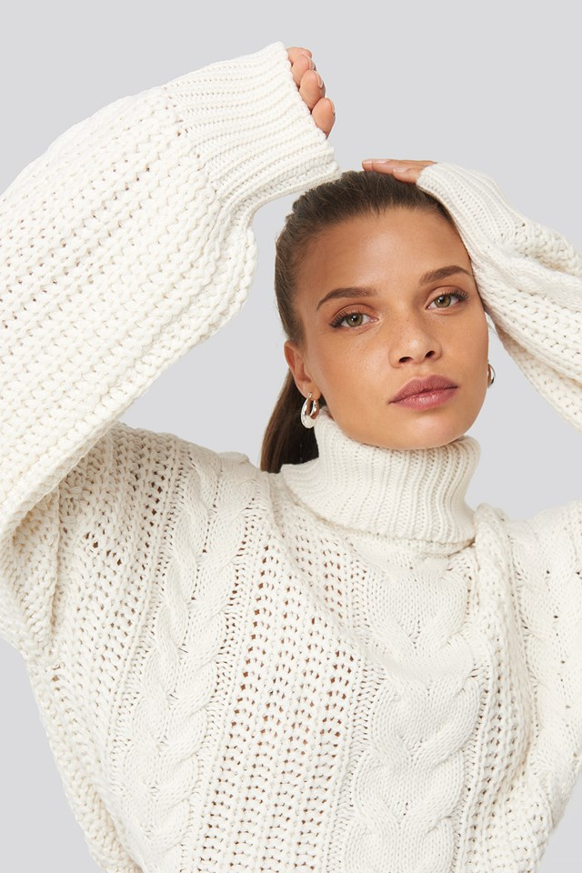 Chunky Cable Knit Sweater Off White