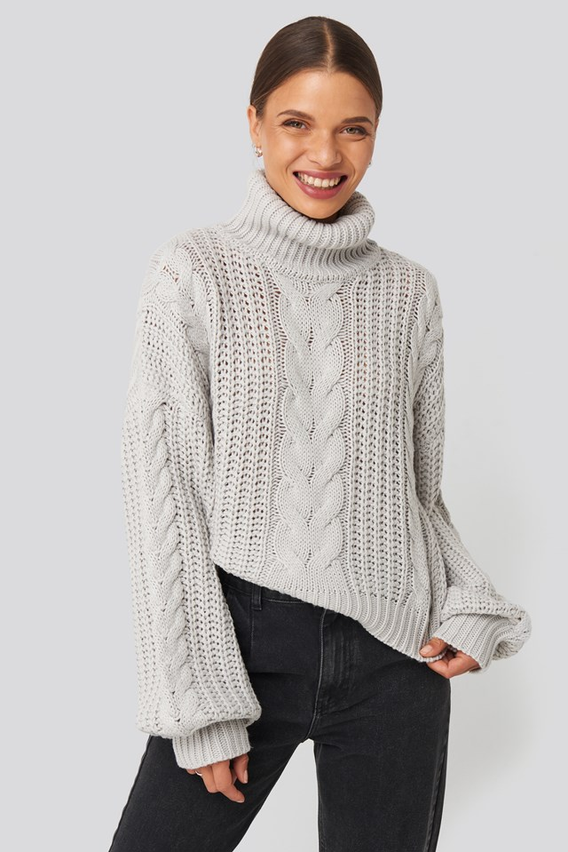Chunky Cable Knit Sweater Grey