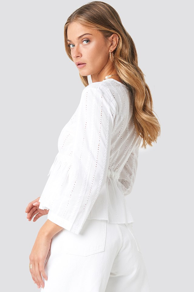 Cropped V-Neck Crochet Top White