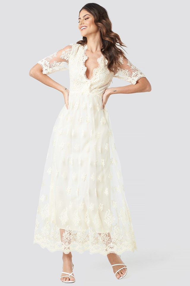 Delicate Flower Lace Maxi Dress White