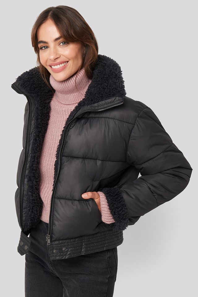 Faux Fur Detailed Puffer Jacket Black