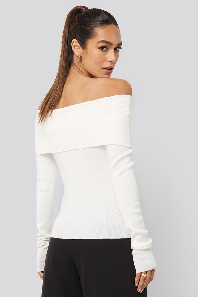 Slash Collar Pullover Off White