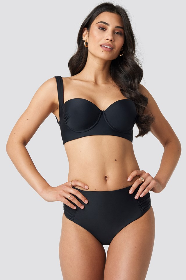 Highwaisted Front Seam Detail Bikini Pantie Black