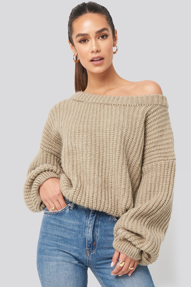 Chunky Knitted Off Shoulder Sweater Beige
