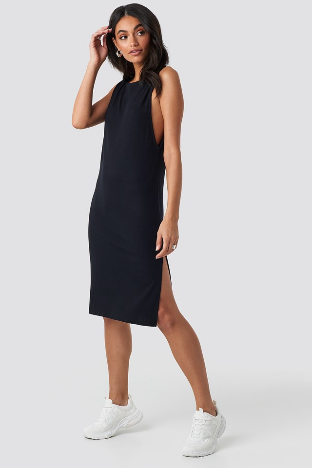 Deep V Back Relaxed Dress Black