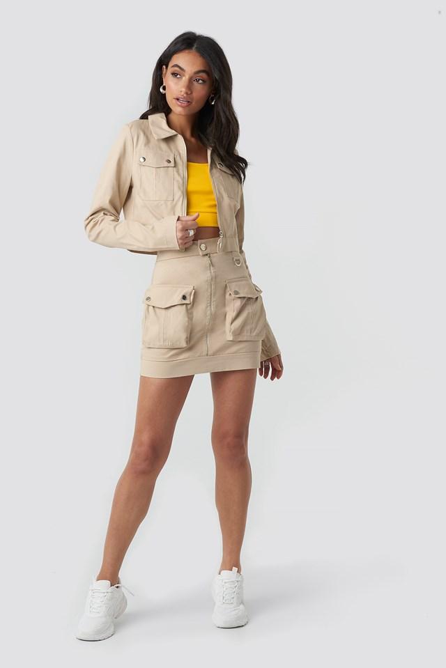 Zipped Short Jacket Beige