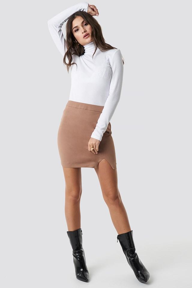 Front Slit Mini Skirt Brown