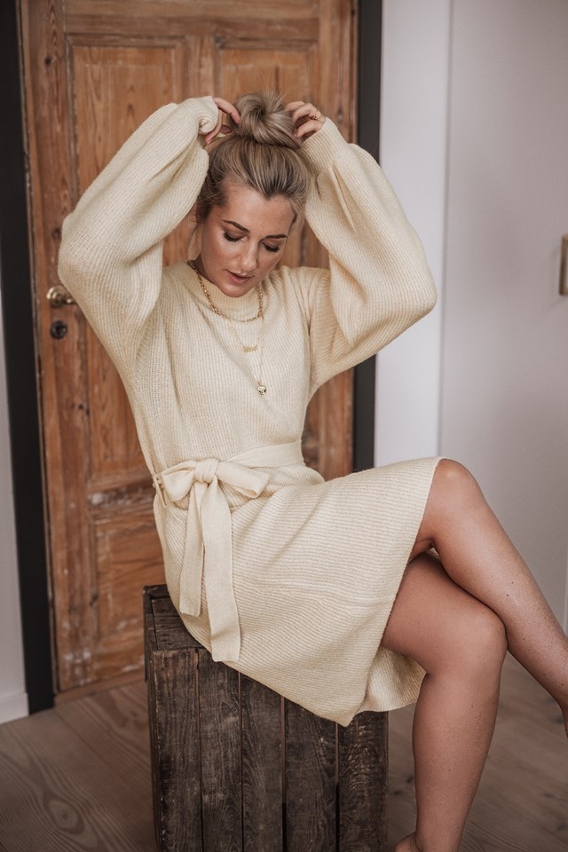 Tied Waist Knitted Dress Off White