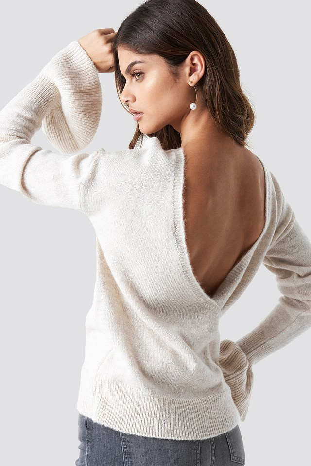Back Overlap Sweater Cream