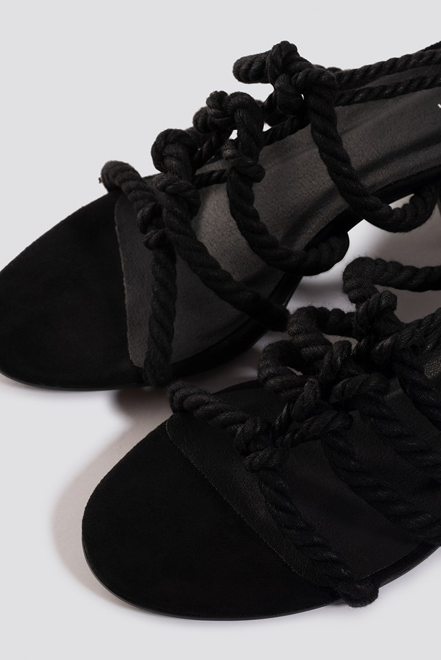 Lacing Sandal Black