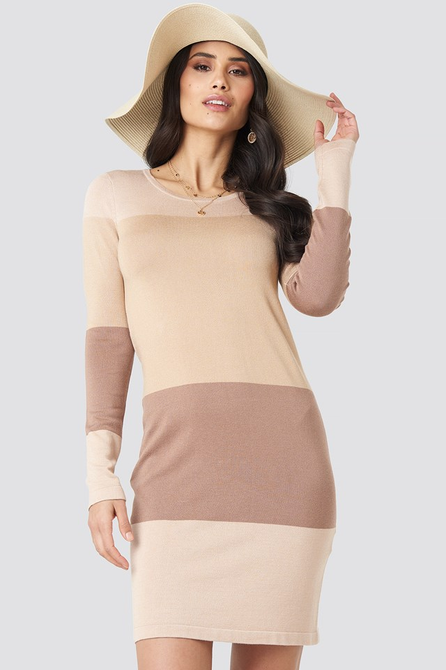 Light Knit Blocked Dress Light Beige