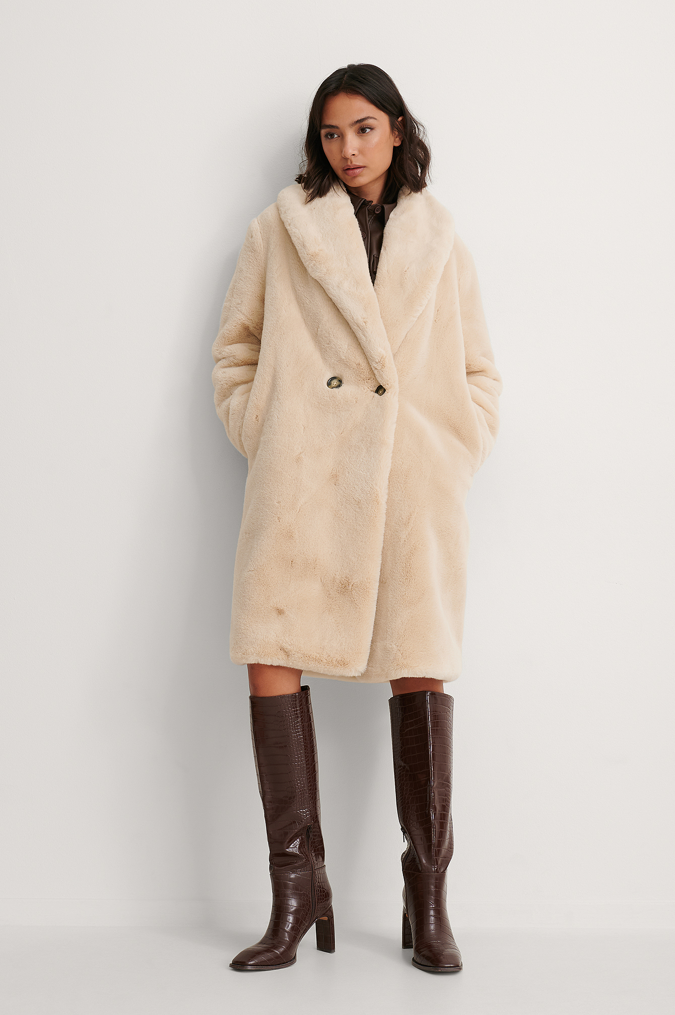 Light Beige Chilly Coat