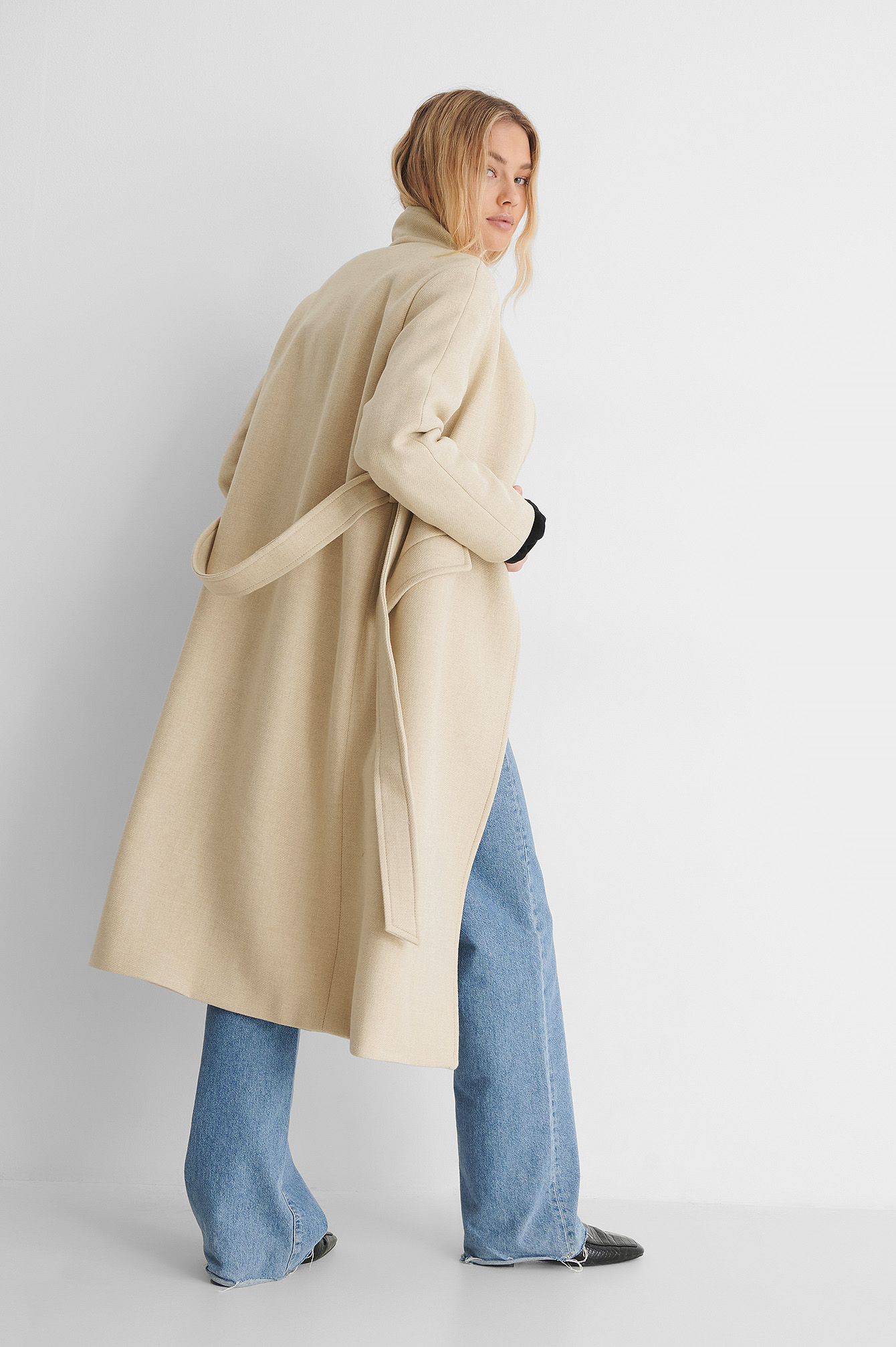 Light Beige Venus Coat