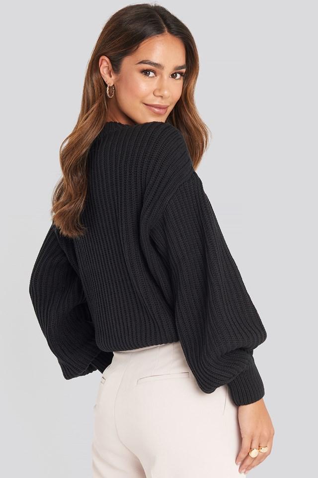Balloon Sleeve Round Neck Sweater Black