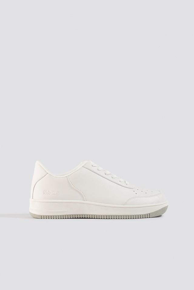 Basic Sneakers White