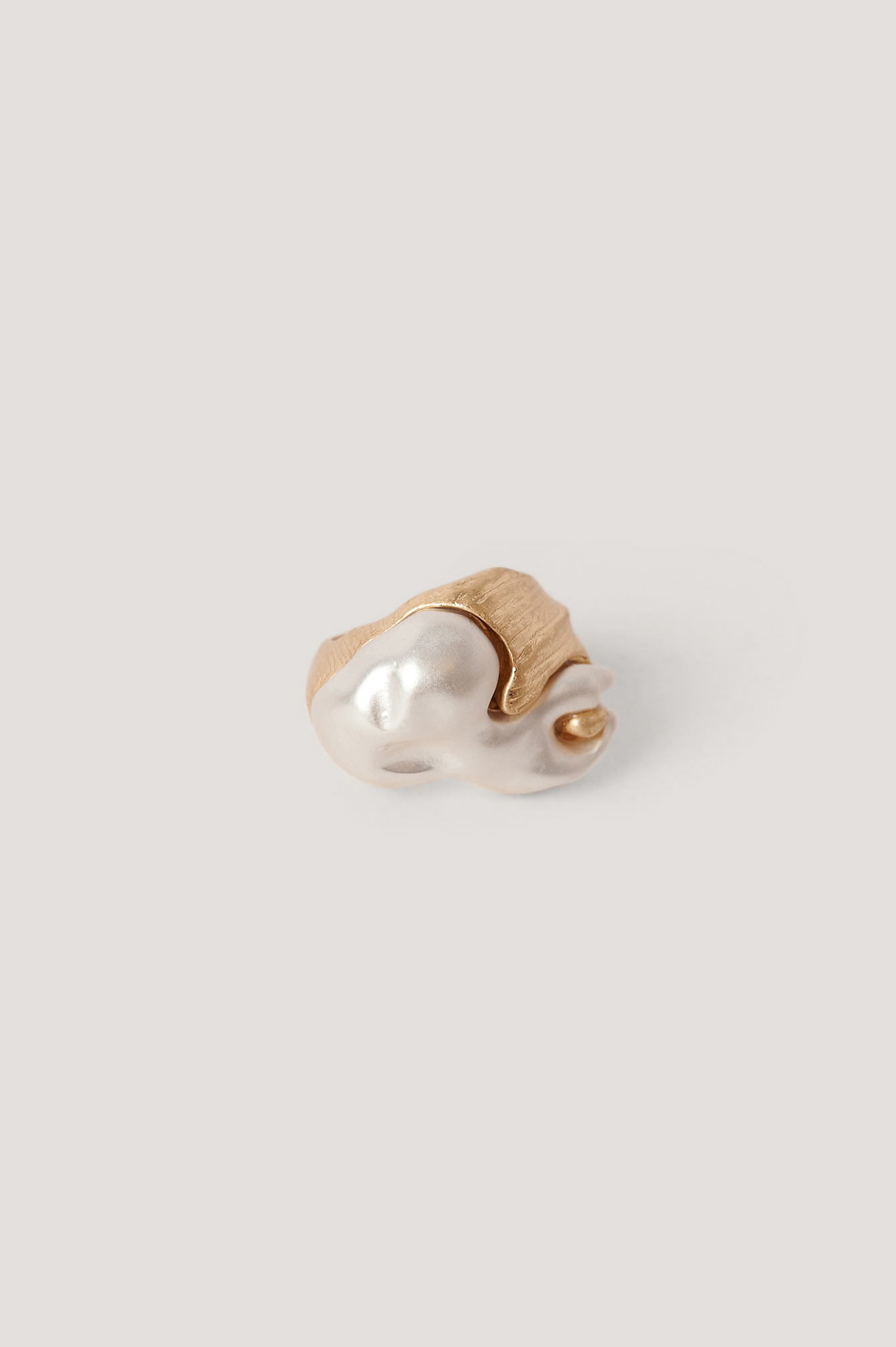 Gold Big Abstract Pearl Ring