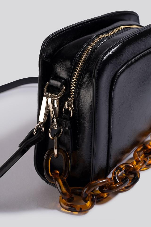 Big Chain Shoulder Bag gloss black