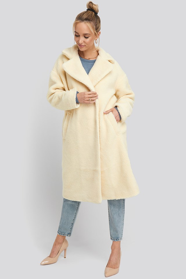 Big Collar Teddy Coat Offwhite