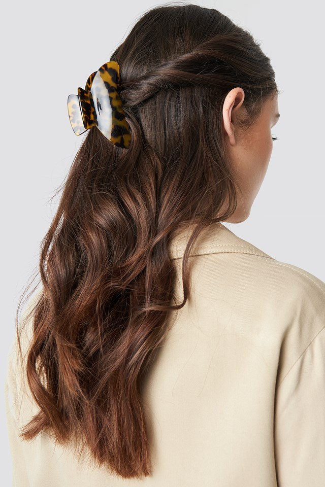Big Resin Look Hairclip Brown