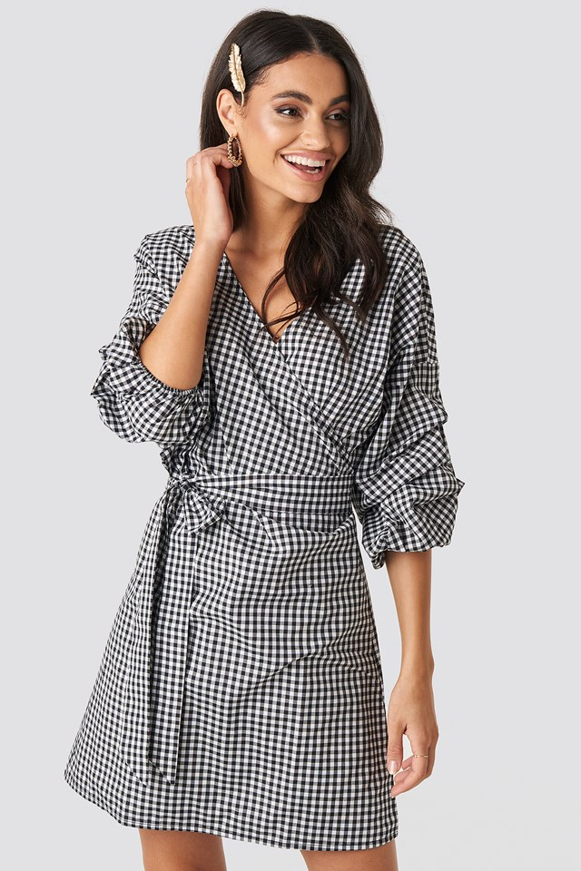 Checked Gathered Waist Puff Sleeve Dress Black/White Check
