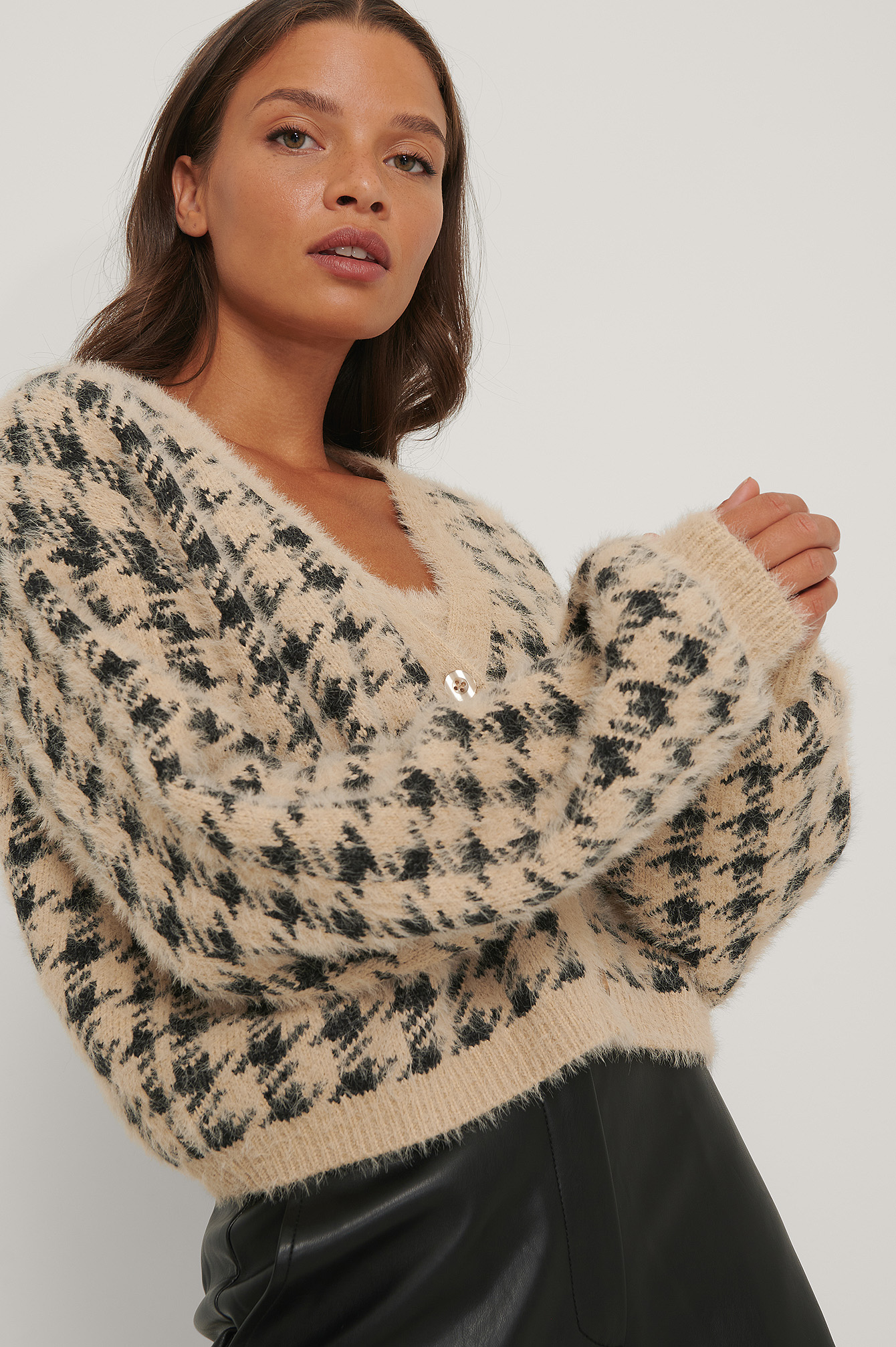 Black/Beige Checked Knitted Cardigan