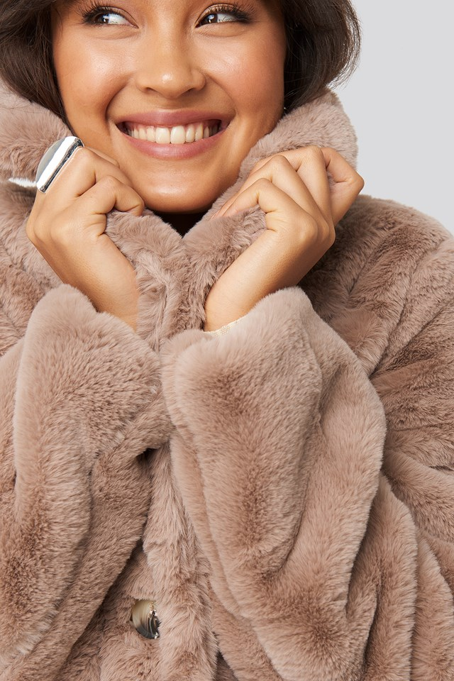 Colored Faux Fur Short Coat Dusty Pink