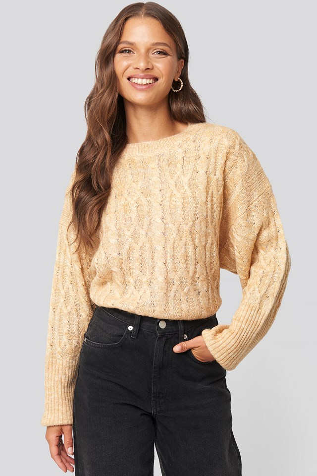 Cropped Cable Knitted Sweater Beige