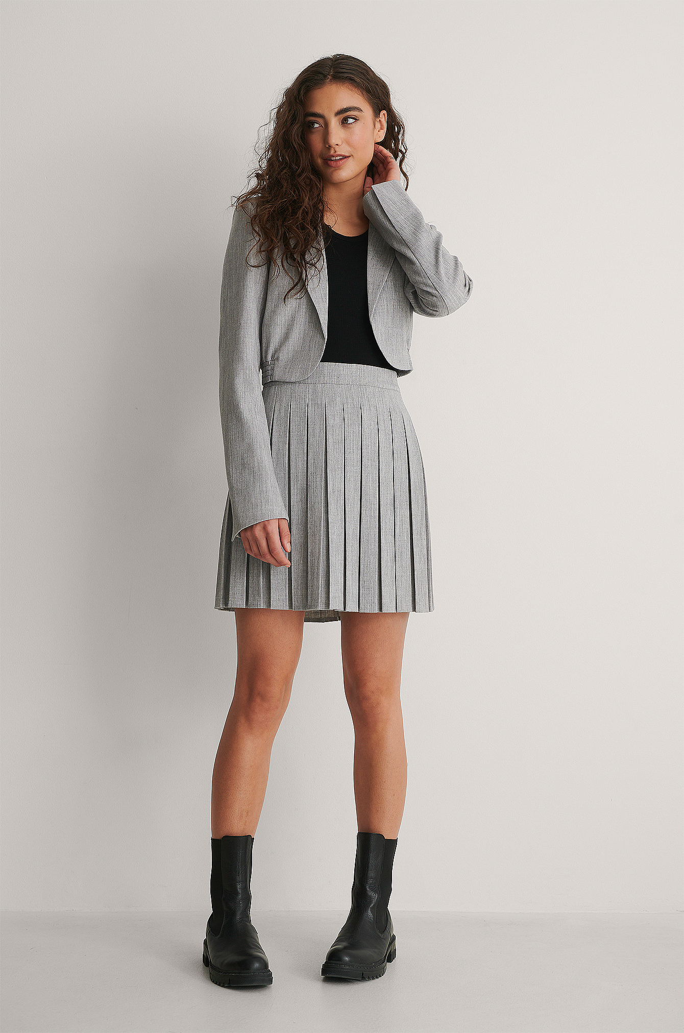 Grey Cropped Elastic Blazer