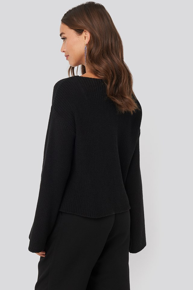 Cropped Long Sleeve Knitted Sweater Black