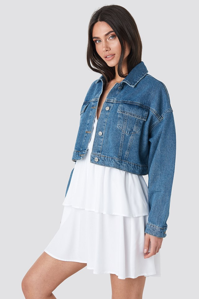 Cropped Regular Hem Denim jacket NA-KD