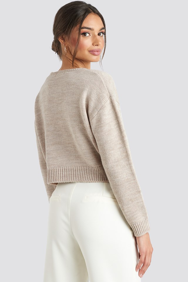 Cropped Round Neck Knitted Sweater Beige
