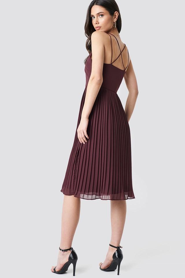 Cross Back Pleated Midi Dress Dark Burgundy