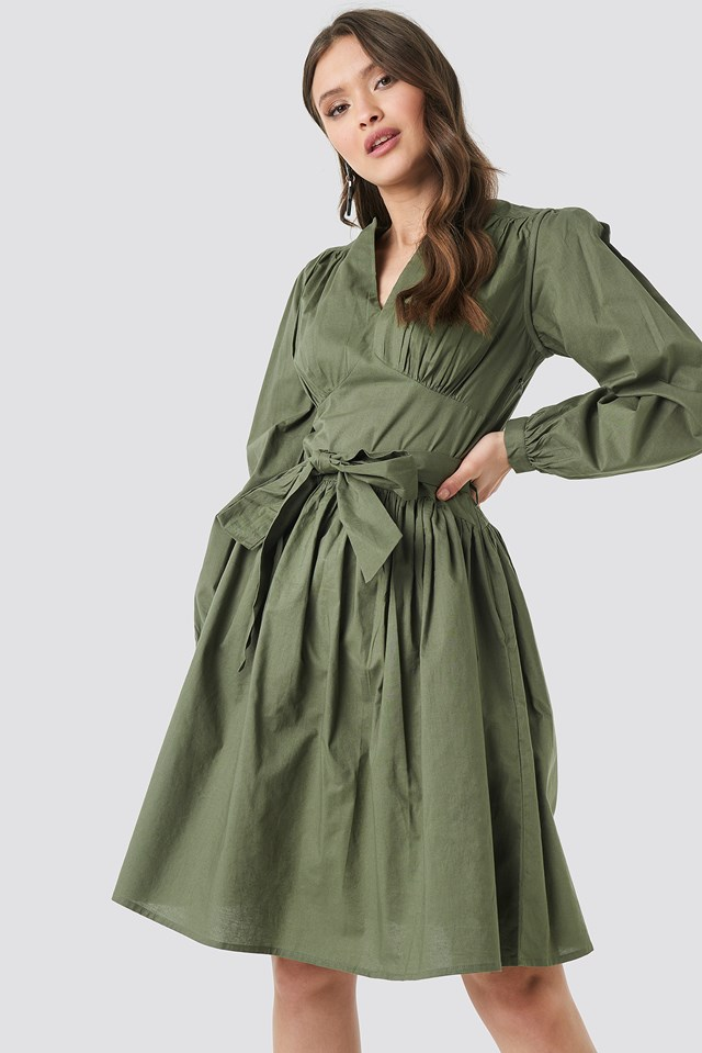 Cup Detail Tie Waist Dress NA-KD Trend