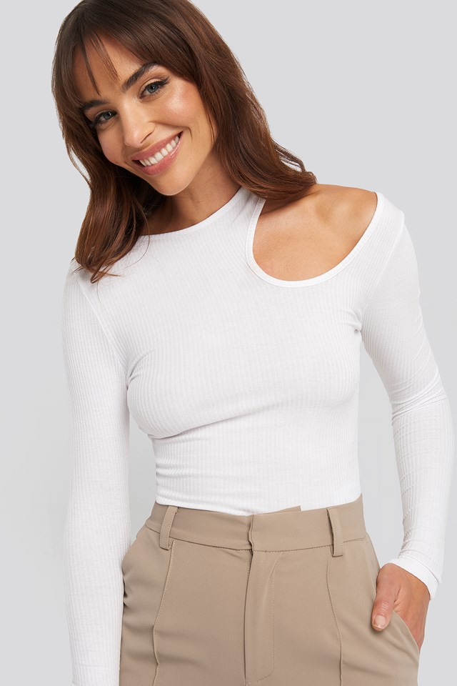 Cut Out Long Sleeve Top NA-KD Trend