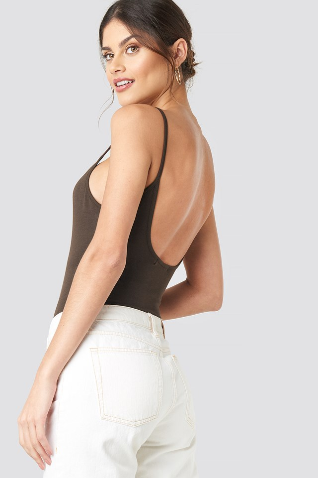 Deep back Singlet Body NA-KD Basic