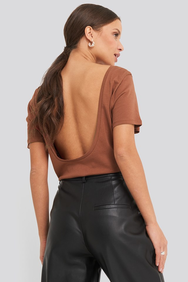 Deep Back Tee Brown