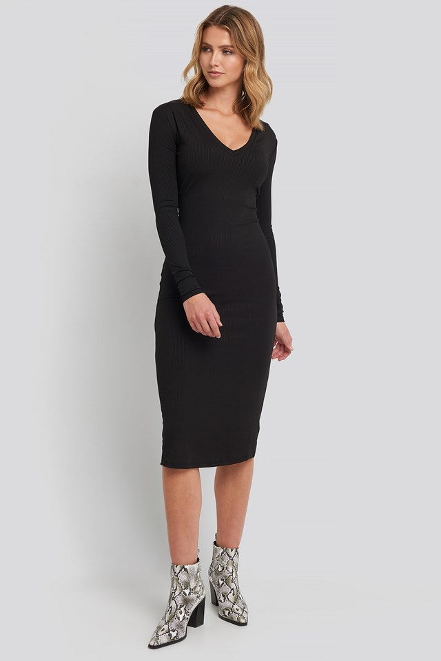 Deep V-Neck Ribbed Dress NA-KD