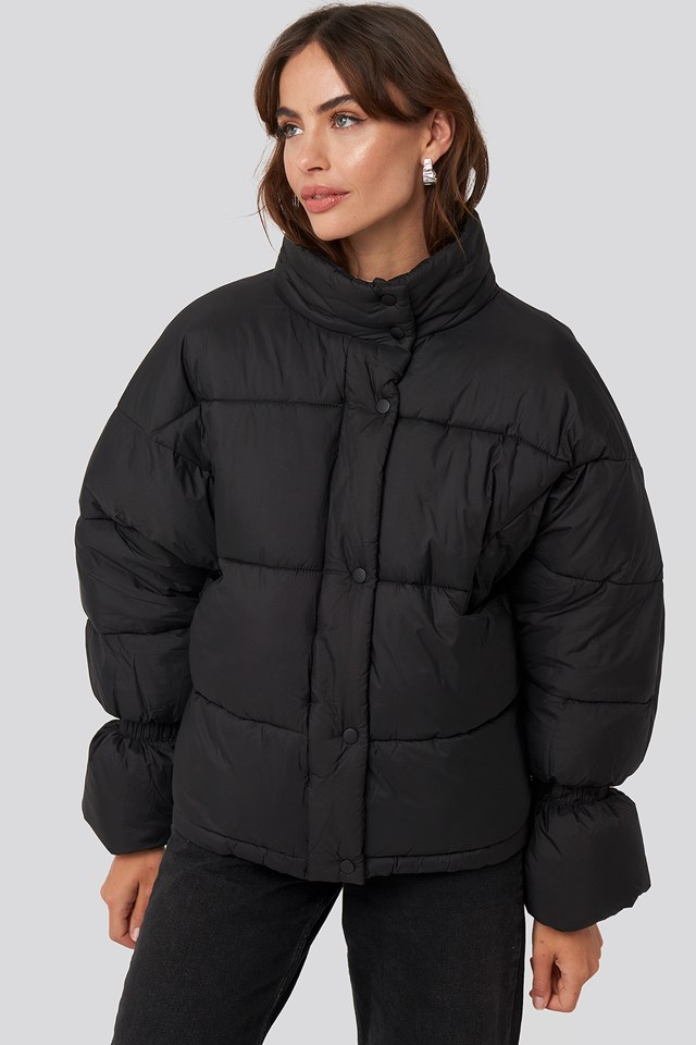 Elastic Detail Puffer Jacket Black
