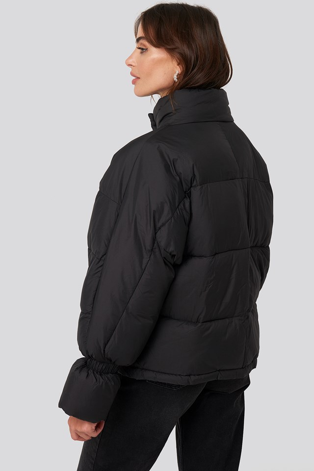 Elastic Detail Puffer Jacket Black