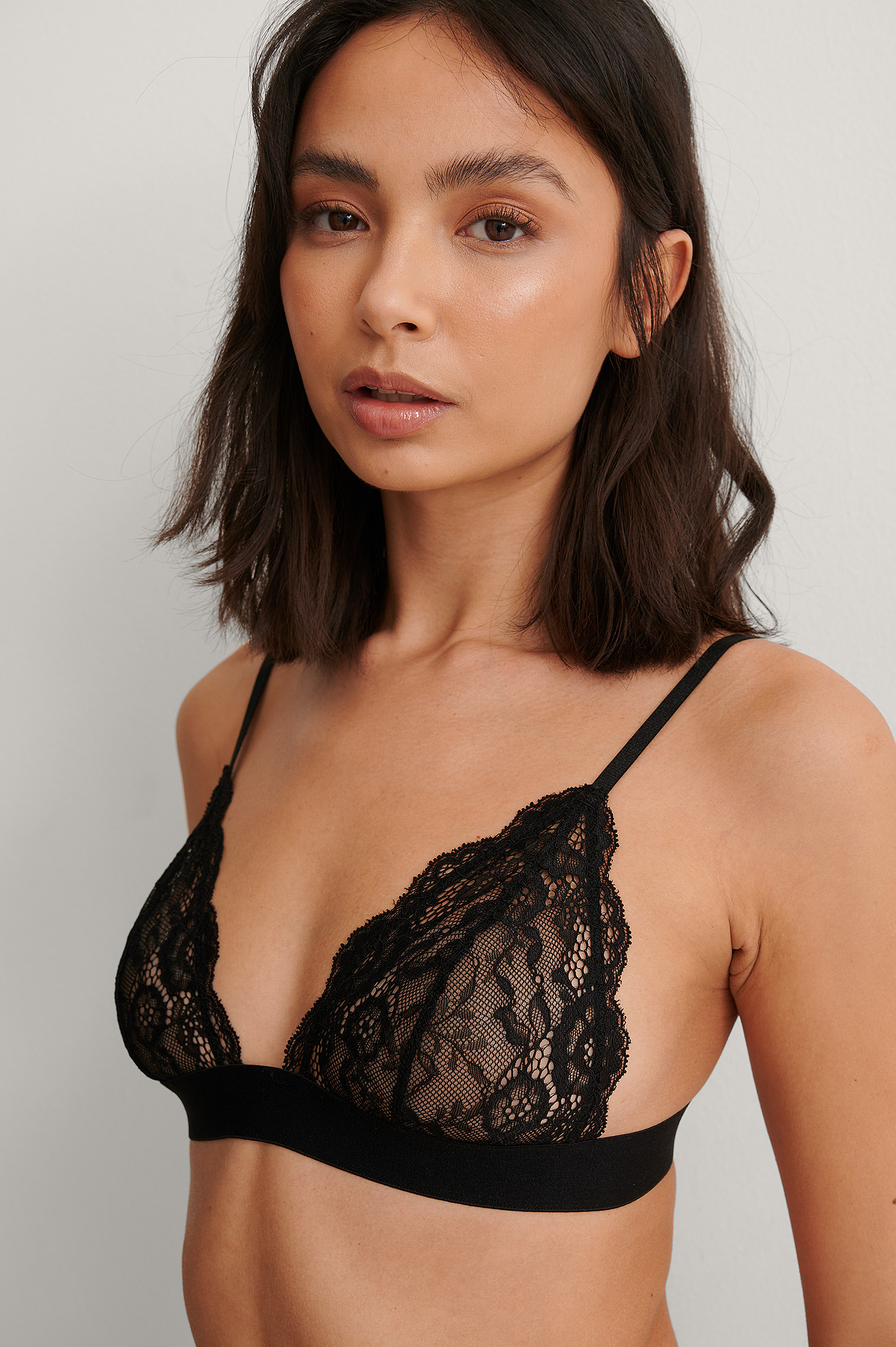 Black Elastic Lace Triangle Top