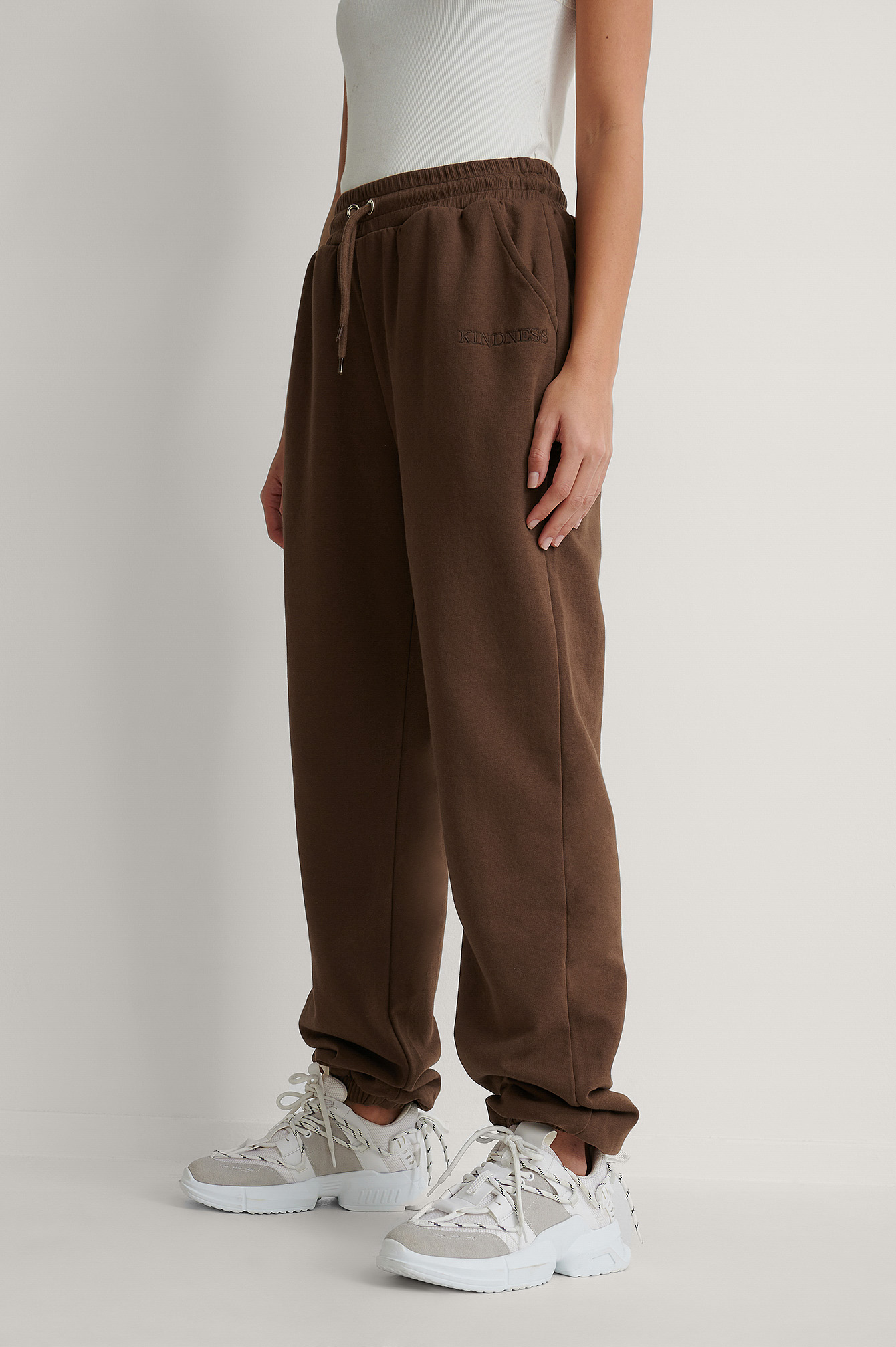 Brown Embroidery Detail Sweatpants