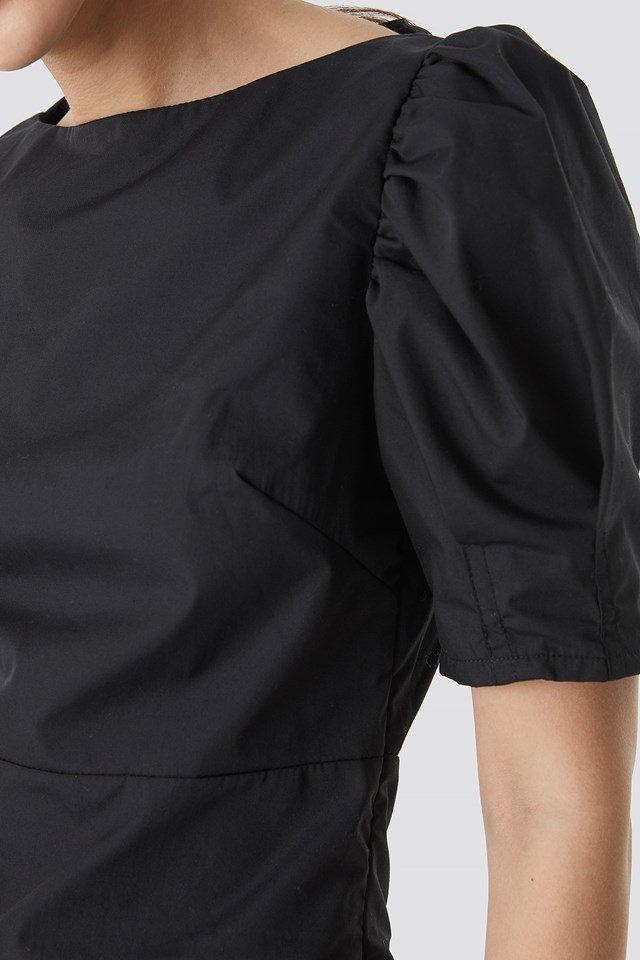 Fitted Puff Sleeve Top Black